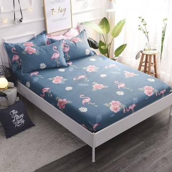 Фламинго и цветы 150x200 см (на резинке)