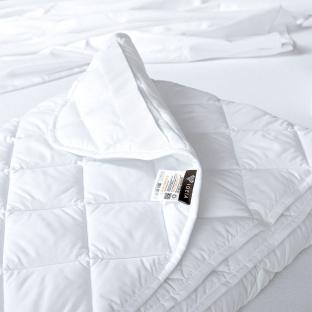 Стеганый наматрасник Идея Comfort с резинками по углам 90x200 см