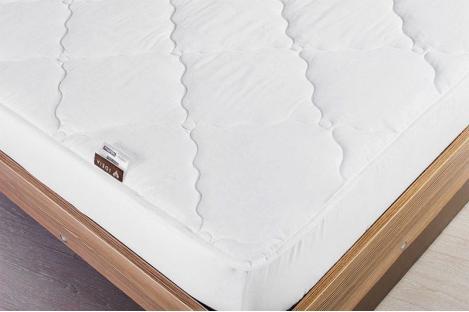 Стеганый натяжной наматрасник Идея Lux Elite 160x200 см